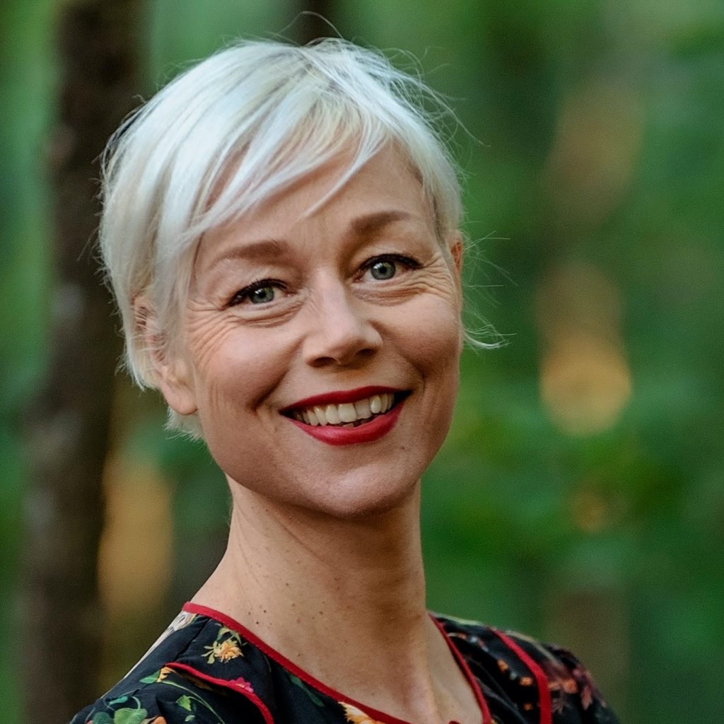 Jacqueline Hamelink (musicus): bood de muziek van Bach aan als online steun in bange dagen (foto door: Merel van Dooren Photography)